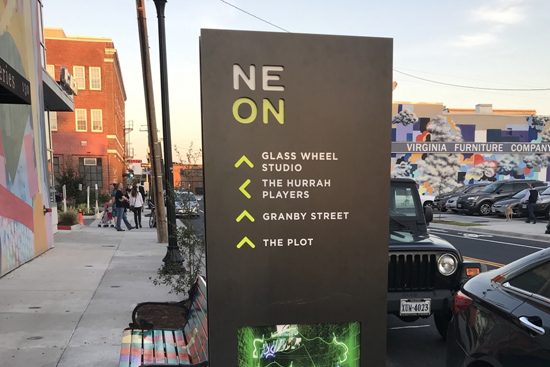 NEON DISTRICT WAYFINDING
